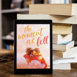 Blog Tour: The Moment We Fell by @kelliwarner_